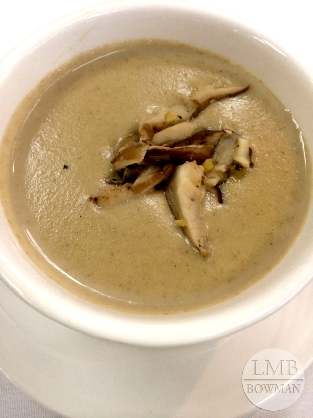 Delicious cream of mushroom soup