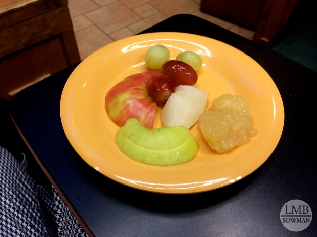 This was our tasting plate for the day on Friday. We compared green grapes and red grapes; golden delicious apples to honey crisp apples; an asian pear (middle) and homemade applesauce. I can't wait to go home now and have my mom's apple sauce next week from the apples we picked this fall.